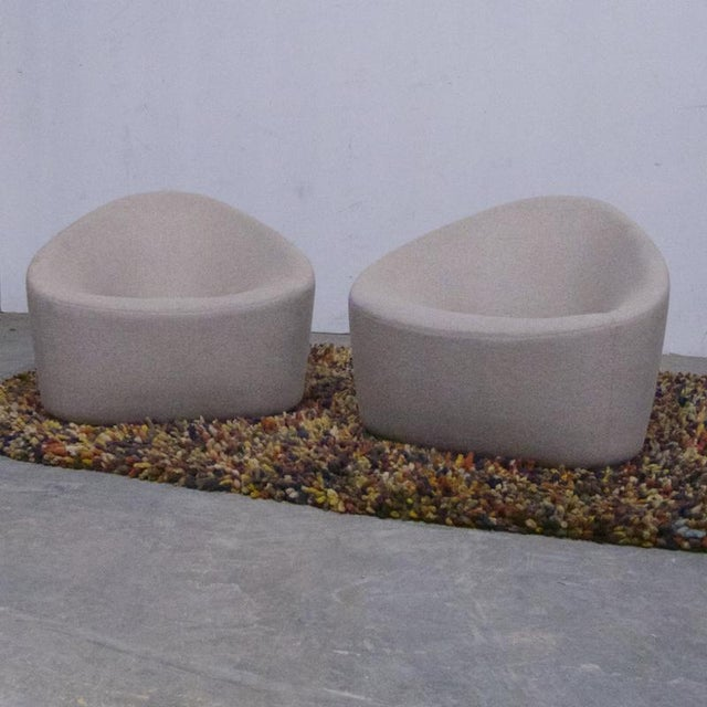 Pair of Sculptural Zanotta Italian Modernist Upholstered Lounge Chairs For Sale In New York - Image 6 of 9