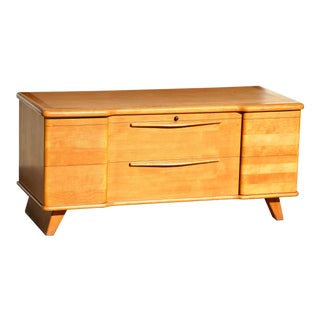 1950s Mid-Century Modern Lane Cedar Chest For Sale