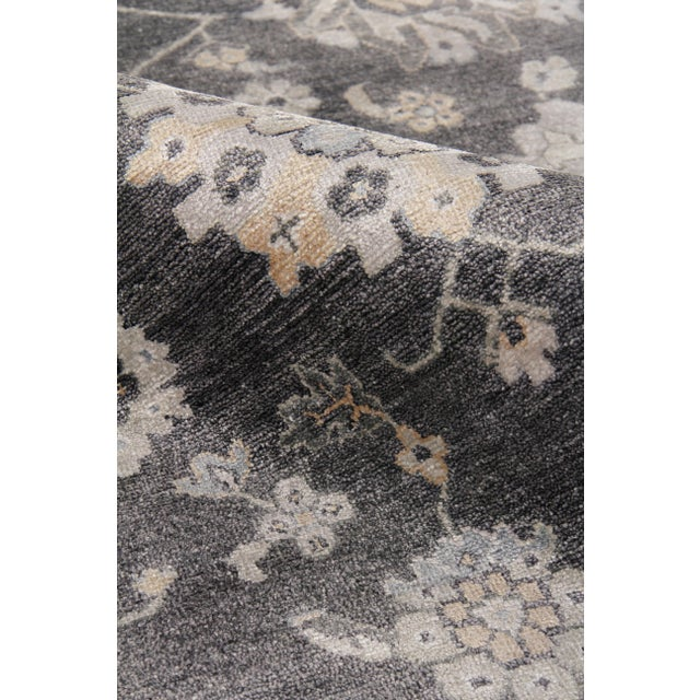 Chester Hand knotted Bamboo/Silk Midnight Rug-8'x10' For Sale In Los Angeles - Image 6 of 8