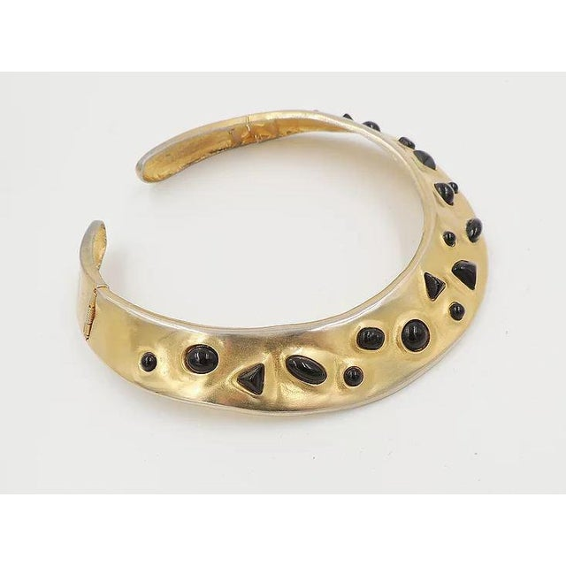 1980s 1980s Les Bernard Faux-Onyx Cabochon Collar Necklace For Sale - Image 5 of 9