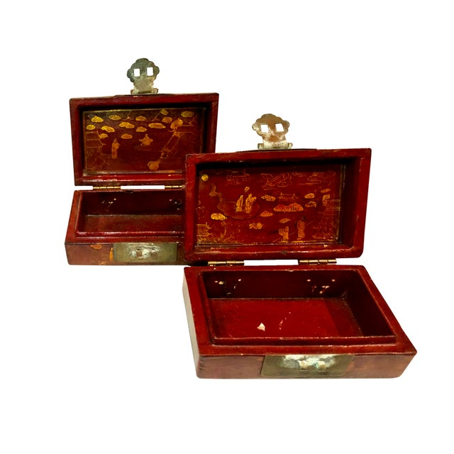Figurative Early 19th Century Chinese Boxes With Oriental Figures - a Pair For Sale - Image 3 of 8