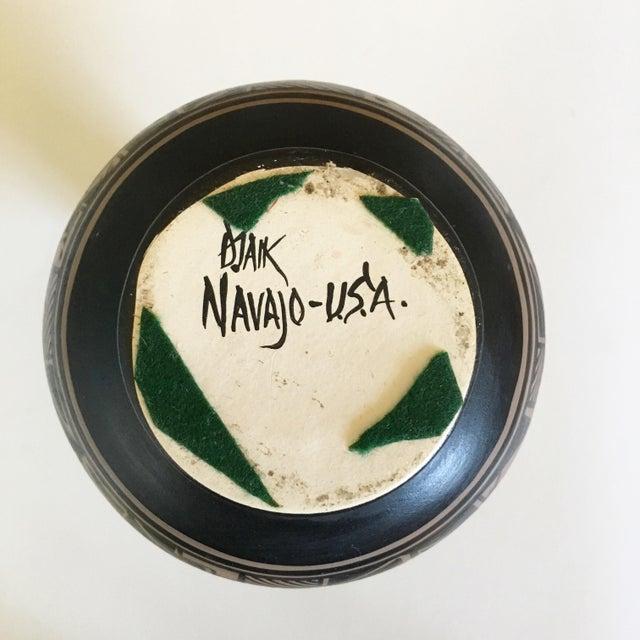 Vintage Djaik Navajo Vase For Sale - Image 5 of 5