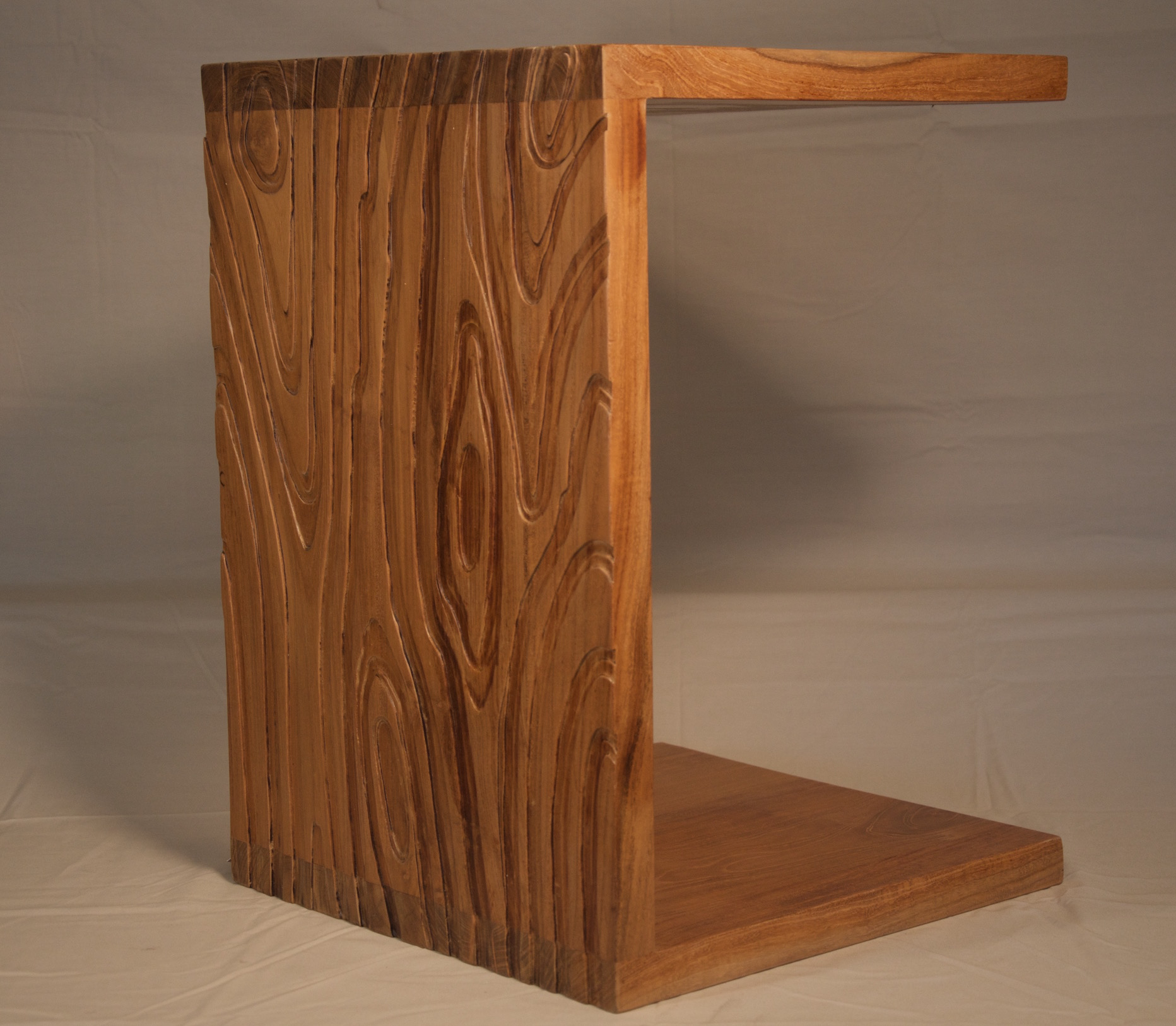 Solid Textured Teak C Shaped Side Table   Image 2 Of 3