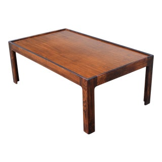 Vintage Danish Modern Rectangular Rosewood Coffee Table For Sale