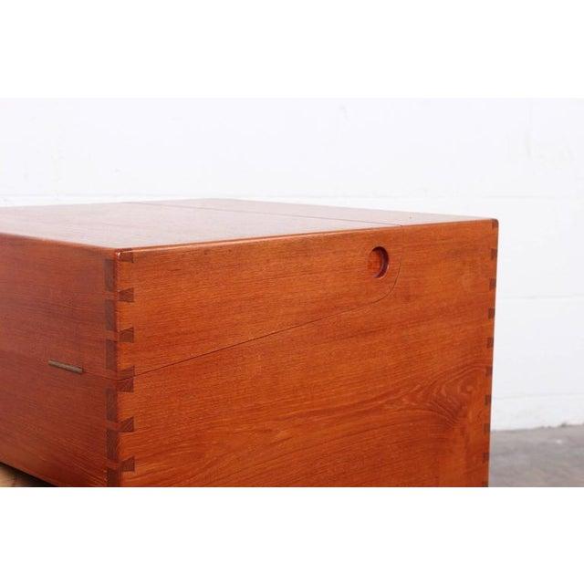 Mid-Century Modern Hans Wegner Teak Cube Bar For Sale - Image 3 of 10