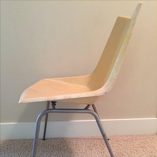 Paul McCobb Origami Fiberglass Chair - Image 4 of 9