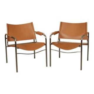 Italian Mid Century Modern Tubular Chrome and Tan Leather Pair Armchairs For Sale