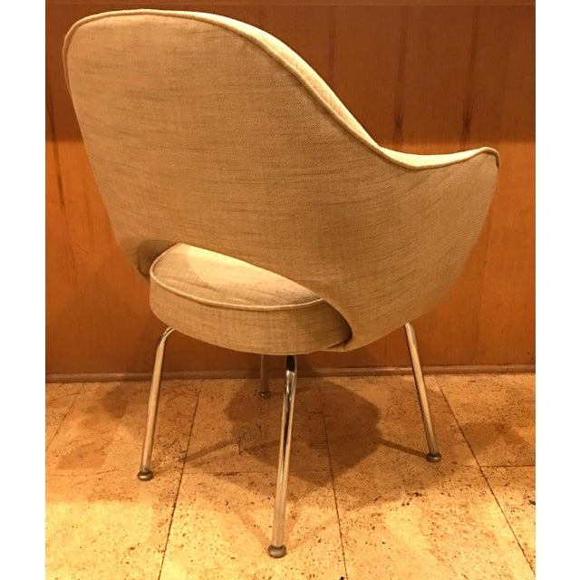 1980s Eero Saarinen for Knoll Dining Armchairs - Set of 6 For Sale - Image 5 of 6