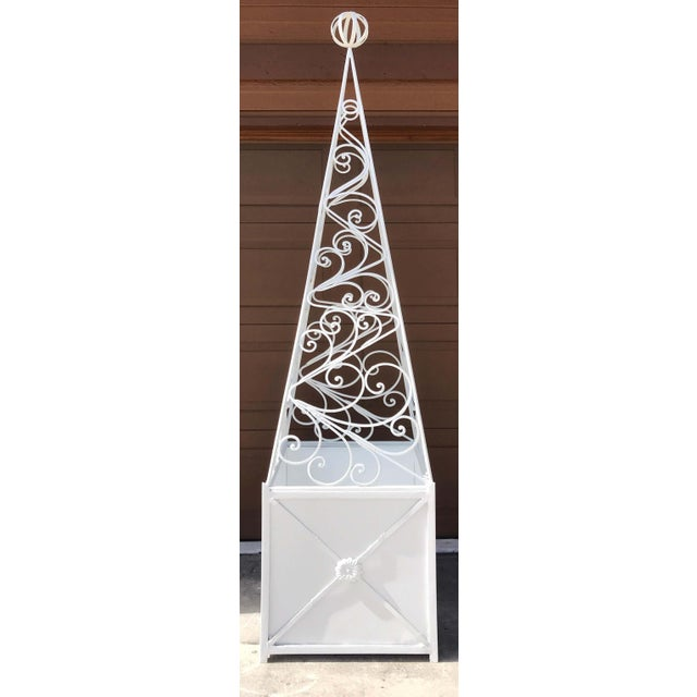 Metal Pair of French Art Deco Neoclassical Wrought Iron Obelisk Planters For Sale - Image 7 of 12