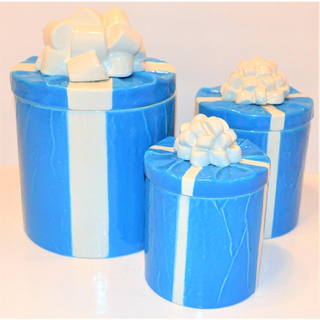 1970s Italian Trompe l'Oeil Mancioli Canister Set of 3 For Sale - Image 4 of 13