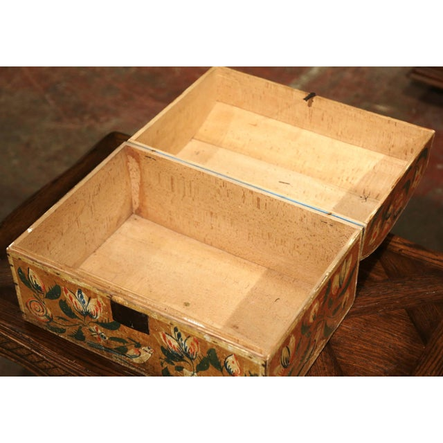 18th Century French Normand Painted Wedding Box With Bird and Floral Motifs For Sale - Image 9 of 12
