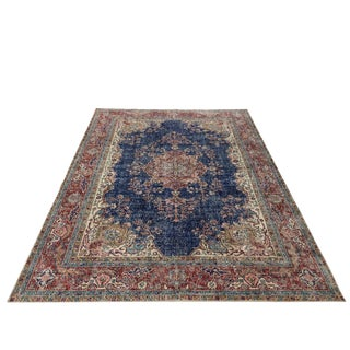Distressed Handknotted Classic Navy and Red Carpet | 7'5 X 10'9 For Sale