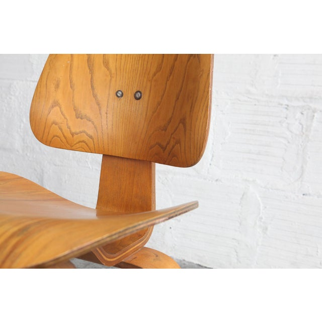 Mid-Century Modern 1950s Vintage Early Eames for Herman Miller Dcw Chair For Sale - Image 3 of 6
