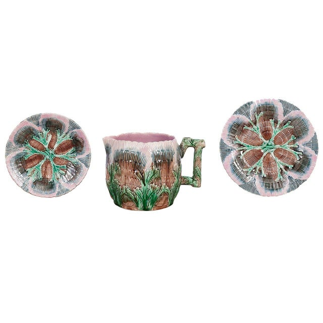Etruscan Shell and Seaweed Majolica Set, Late 19th Century For Sale - Image 11 of 11
