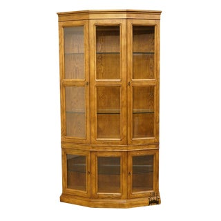 "Henredon Artefacts Collection 44"" China / Display Cabinet For Sale"