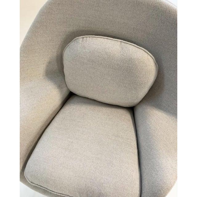 Eero Saarinen Womb Chair in Loro Piana Alpaca Wool For Sale - Image 11 of 13