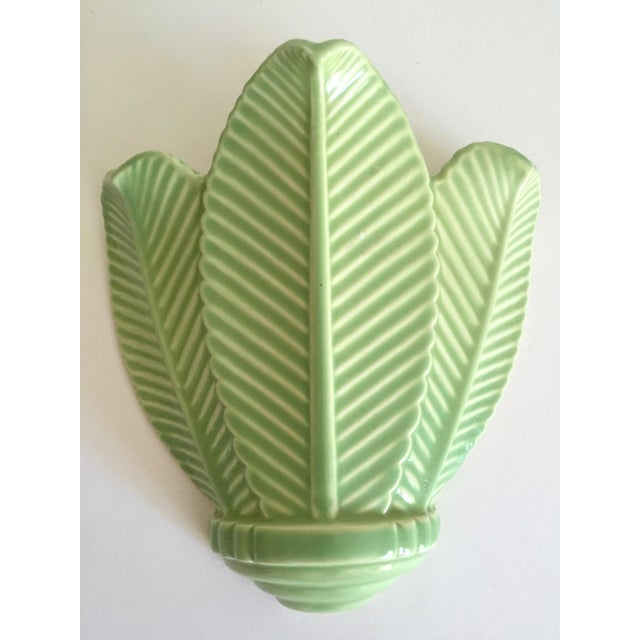 Vintage Mid Century Art Deco Pistachio Mint Green Art Pottery Palm Leaf Ceramic Wall Pocket Vase For Sale - Image 10 of 13