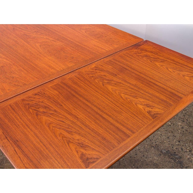 Hans J. Wegner JH570 Exapandable Teak Dining Table for Johannes Hansen For Sale In New York - Image 6 of 11