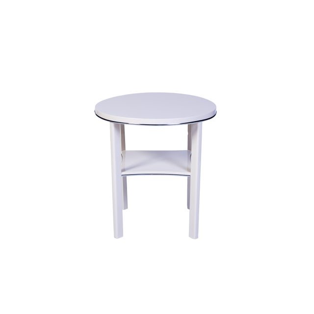 Art Deco Chic Art Deco Side Table in White For Sale - Image 3 of 6