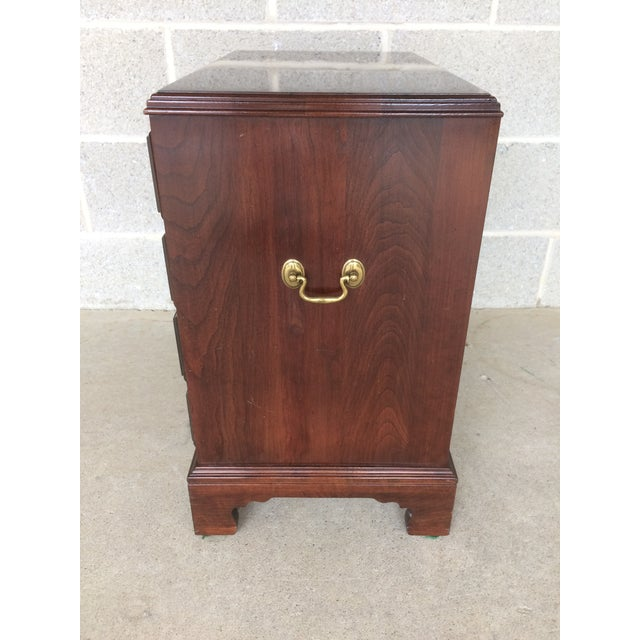 Wood Ethan Allen Georgian Court Bachelor Chairside Chest For Sale - Image 7 of 9