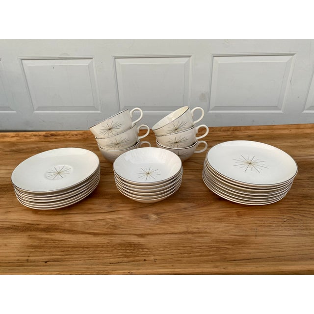 White Homer Laughlin Modern Star Dishes For Sale - Image 8 of 8
