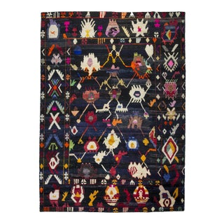 Dramatic Vintage Inspired Tulu, 10 X 13'9'' For Sale