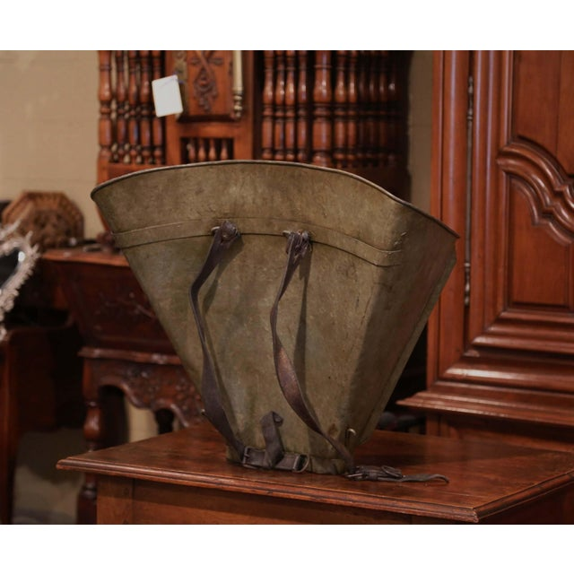 19th Century French Hand Painted Tole Grape Basket From Bordeaux For Sale In Dallas - Image 6 of 9
