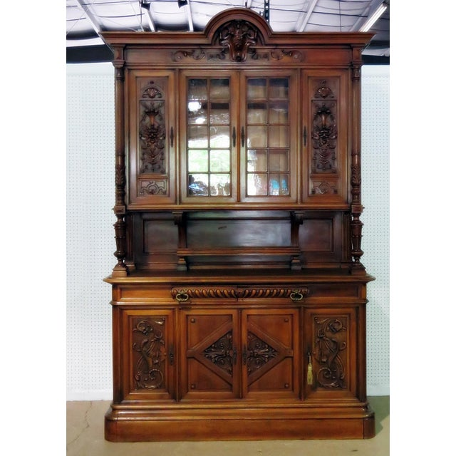 Early 20th Century Antique Renaissance Style China Cabinet - 2 Pieces For Sale In Philadelphia - Image 6 of 6