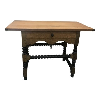 20th Century English Traditional William and Mary Tavern Table For Sale