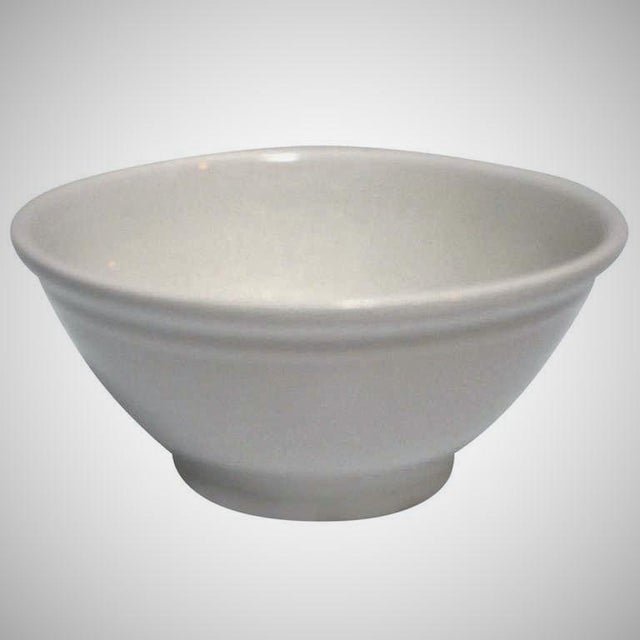 This large and durable 19th century white ironstone bowl is in great condition and has a really good look.