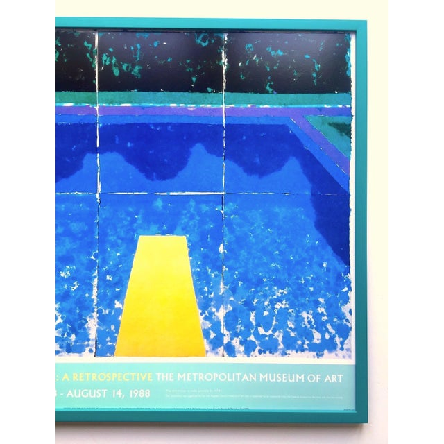"""Contemporary David Hockney Rare Vintage 1988 Iconic Lithograph Print Framed Exhibition Poster """" Day Pool With Three Blues """" 1978 For Sale - Image 3 of 13"""
