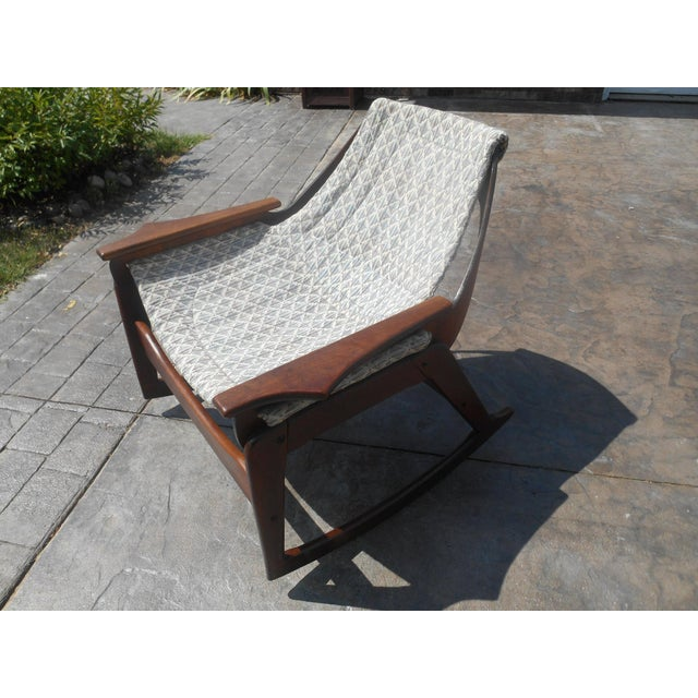 1960s 1960s Jerry Johnson Mid-Century Modern Walnut Sling Rocking Chair For Sale - Image 5 of 9