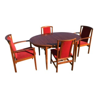 Gudme Mid-Century Danish Modern Dining Table and Chairs Set For Sale