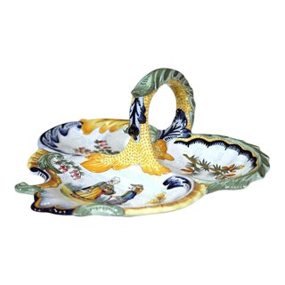Mid-20th Century French Hand-Painted Faience Dish Signed Henriot Quimper For Sale