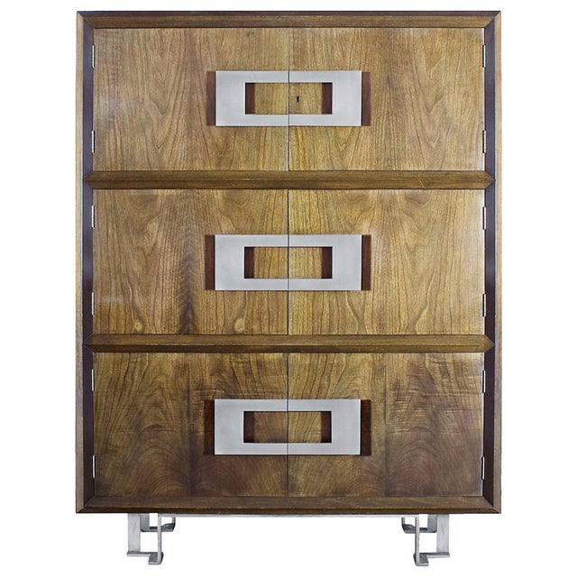 1970s Dry Bar by Jordi Vilanova, Six Doors, Walnut, Lacquer, Brass, Barcelona For Sale - Image 12 of 12