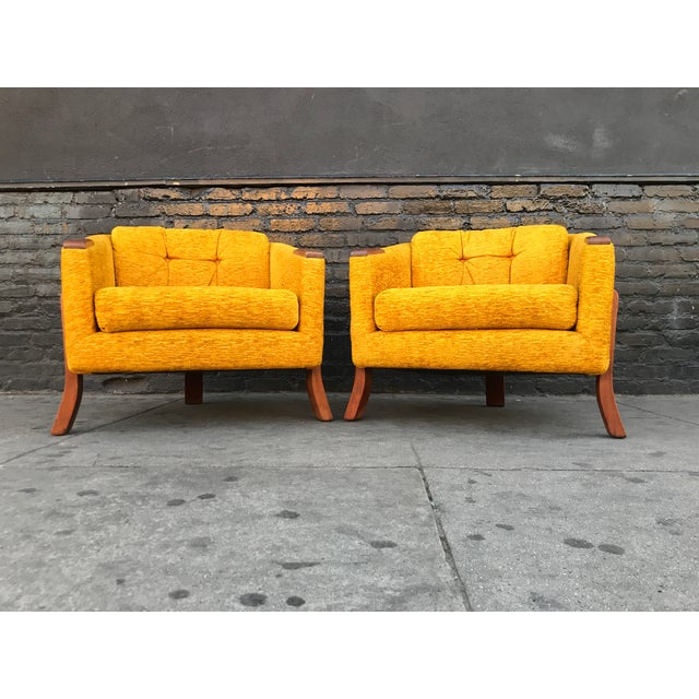American Mid Century Lounge Chairs by Chelmode Furniture - A Pair For Sale - Image 3 of 13