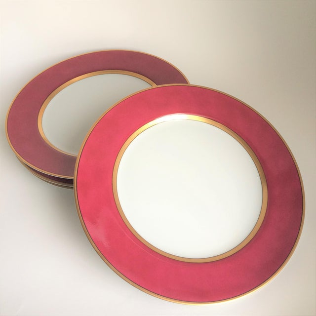 """Fitz & Floyd """"Renaissance"""" Magenta Dinner Plates - Set of 4 For Sale In Los Angeles - Image 6 of 6"""