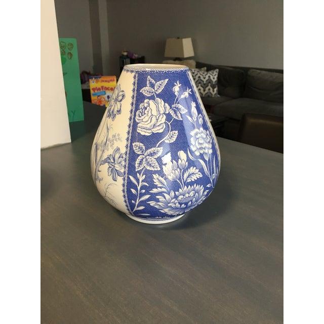 Spode Blue & White Vase - Image 2 of 4