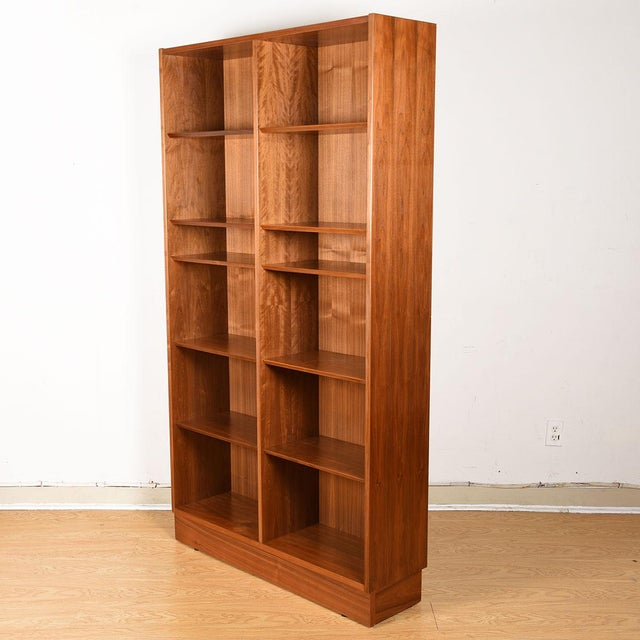 Mid 20th Century Danish Walnut 42″ Tall Bookcase W/ Adjustable Shelves For Sale - Image 5 of 9