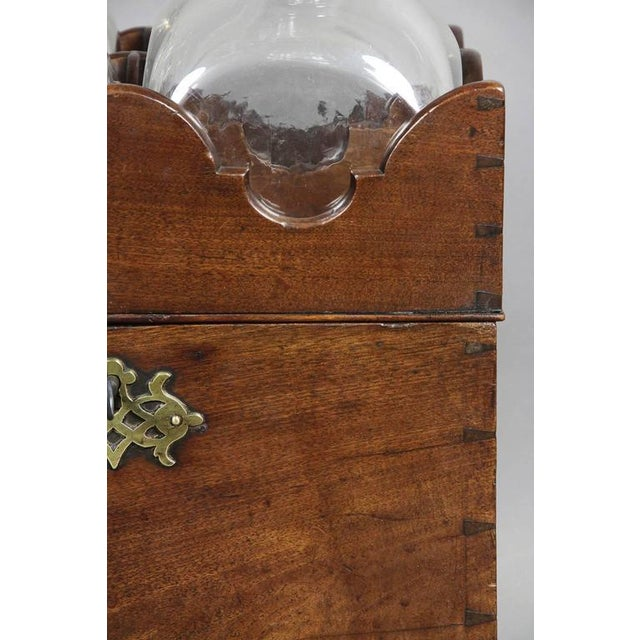 George III Mahogany Ships Decanter Cellaret For Sale In Boston - Image 6 of 12