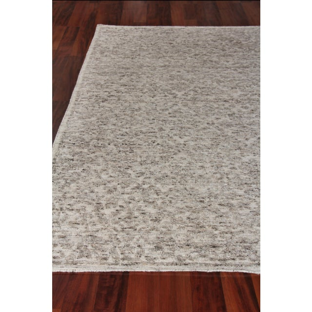 """Sens Hand knotted Wool/Viscose Ivory/Gray Rug-10'x14"""" For Sale - Image 4 of 8"""