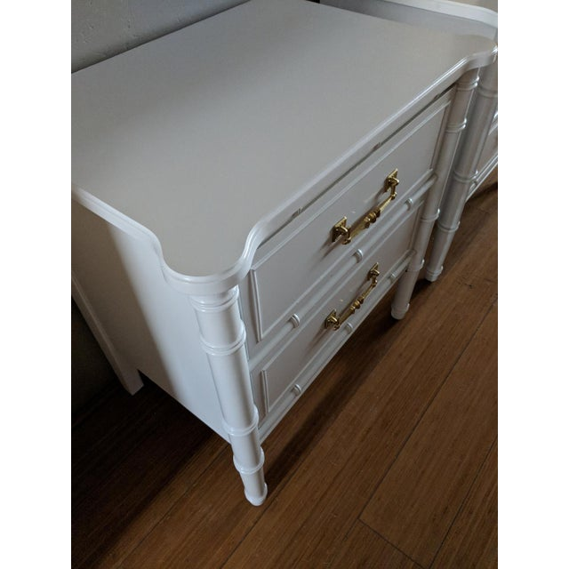 1970s 1970s Chinoiserie Henry Link Faux Bamboo High Gloss White Night Stands - a Pair For Sale - Image 5 of 7