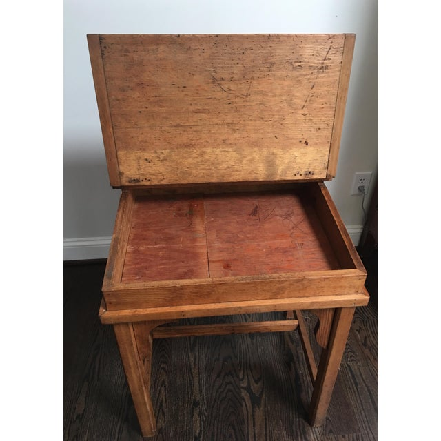 Antique Country Pine Slant Top Children's School Desk - Image 7 of 11
