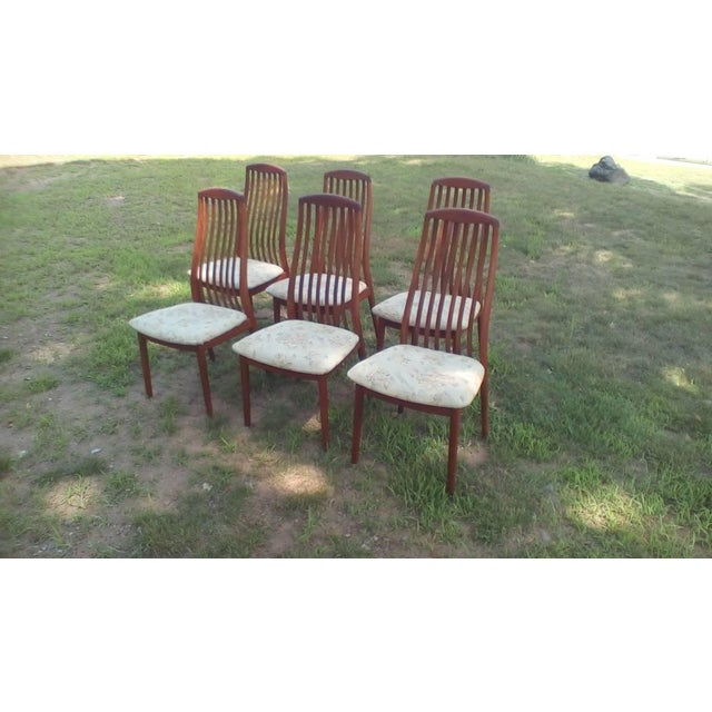 1960s Danish Modern Dyrlund Teak Dining Chairs - Set of 6 For Sale In New York - Image 6 of 6
