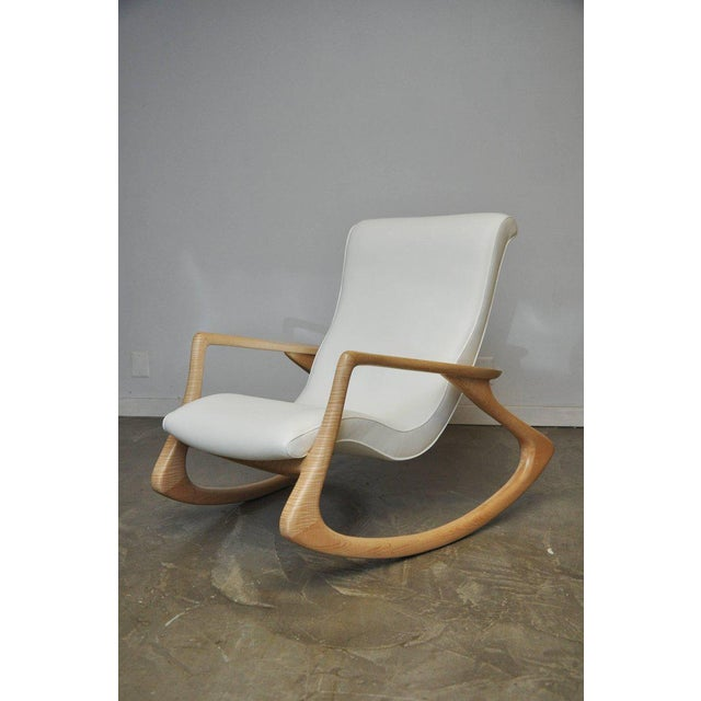 """Vladimir Kagan """"Erica Rocking Chair"""" with Rare Maple Frame, circa 1960s For Sale - Image 10 of 10"""
