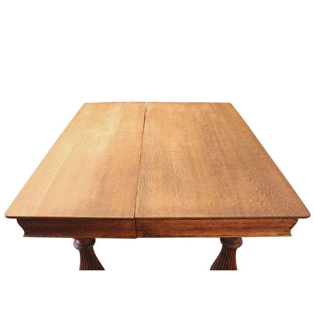 Traditional Oak Turned Leg Dining Table For Sale - Image 3 of 4