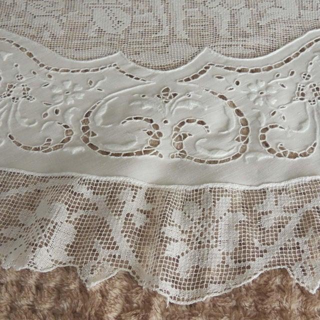 Linen Antique Round Figural Needle Lace Point De Venise Tablecloth With Cherubs For Sale - Image 8 of 11