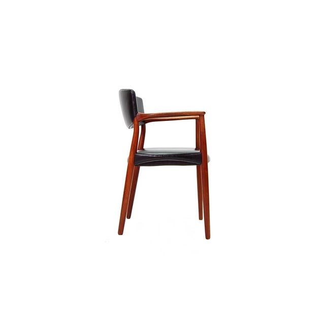 Mid 20th Century Armchair in Teak and Black Leather by Ejnar Larsen and Aksel Bender Madsen For Sale - Image 5 of 9