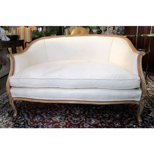 Country French Style Settee For Sale - Image 13 of 13