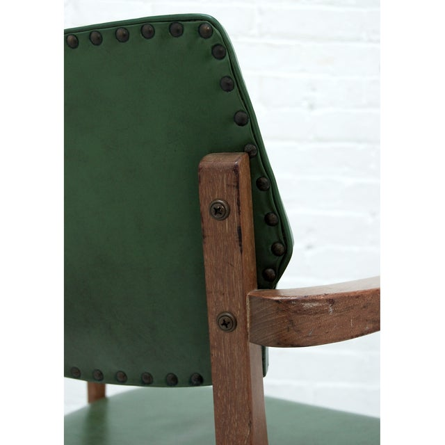 Mid Century Swivel Desk Chair in Green For Sale In New York - Image 6 of 6